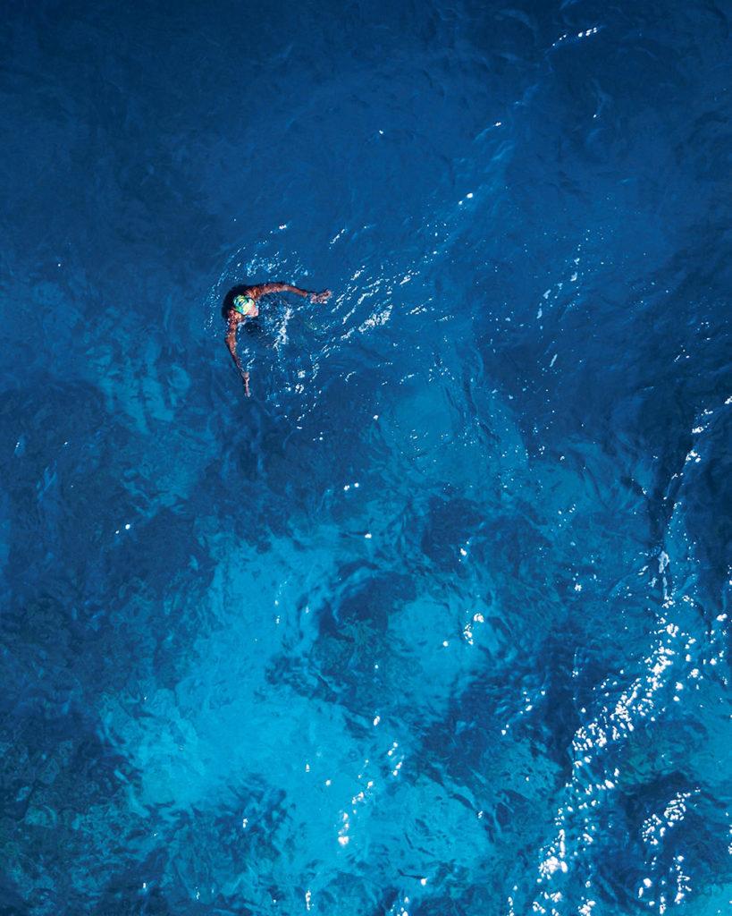 pantone colour blue sea